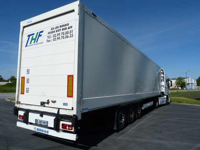 THF-Transports-Fourgon-Rideau-fit